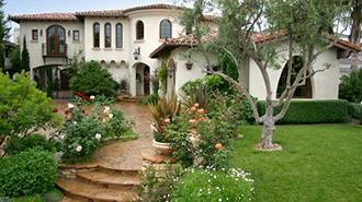 дома в испанском стиле