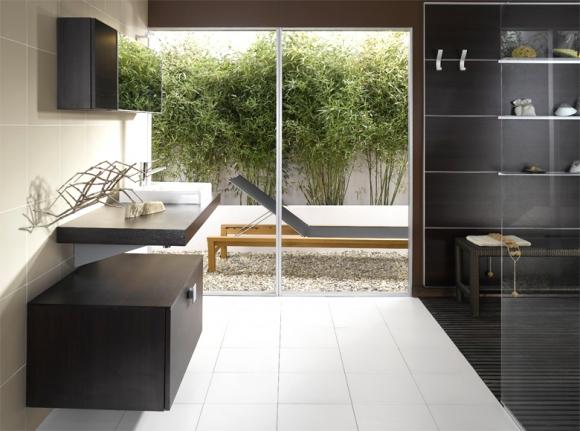 чёрные стены в ванной