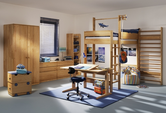 дизайн детской комнатыс двухъярусной кроватью