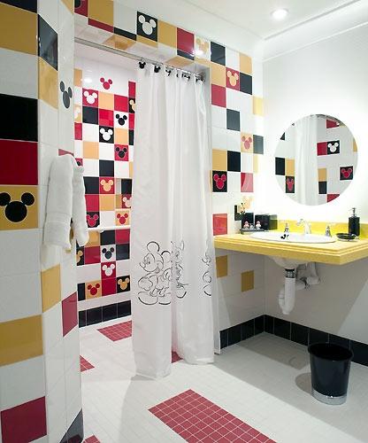 дизайн ванной комнаты для ребёнка с микки маусом