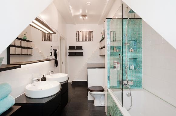 бирюзовая мозаика в ванной комнате