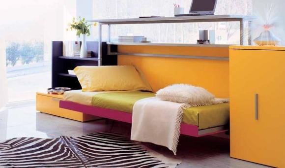 кровать-раскладушка в комнате подростка